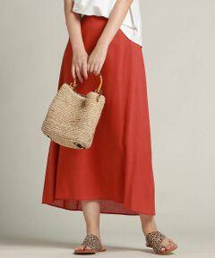 【ドロワット 2019SS WEB・一部店舗別注】<br>レーヨン麻の少し落ち感があるスカート。<br>ボリュームはすっきりしたフレアなので、大人のきれいめカジュアルを楽しんで頂けます。<br>前後差をつけているので、身長を選ばず、どこから見てもすっきりスタイル良く見えるのが嬉しいポイントです。<br>トレンド感のあるカラーと大きめのさわやかなチェックの3色展開です。<br>WEB、なんばCITY店、ピオレ姫路店、東武池袋店、横浜ジョイナス店でしか手に入らない限定アイテムです。<br>●リネン<br>※お客様のモニター環境により実際のお色と多少異なる場合がございます。<br>※画像の商品はサンプルとなりますので実際の商品と仕様、加工、サイズが若干異なる場合がございます。<br>