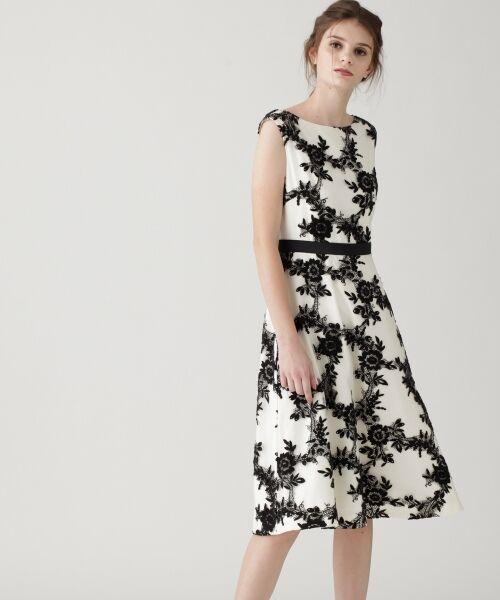 GRACE CONTINENTAL / グレースコンチネンタル ドレス | レースフラワー刺繍ワンピース | 詳細1