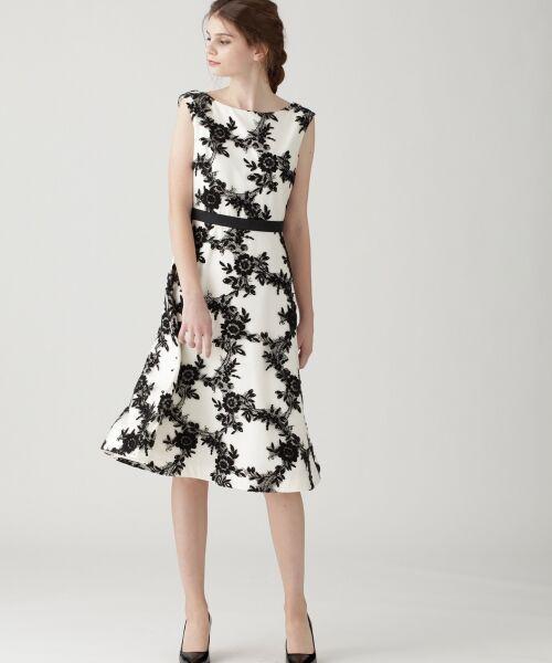 GRACE CONTINENTAL / グレースコンチネンタル ドレス | レースフラワー刺繍ワンピース(ホワイト)