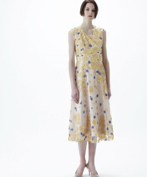 GRACE CONTINENTAL / グレースコンチネンタル ドレス | バイカラーフラワーチュールワンピース(ベージュ)
