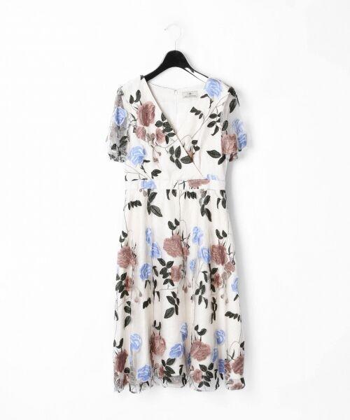 GRACE CONTINENTAL / グレースコンチネンタル ドレス   ローズ刺繍フレアワンピース(キナリ)