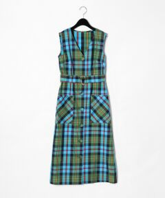 イタリアの印象的なチェック素材を使用した、トレンド感のあるジャンバースカート。<br />胸元を綺麗に見せるVカットと広がりすぎないスカートシルエットが上品な女性らしさを演出します。<br />クラシカルなくるみ釦もアクセントに。<br />合わせるインナー次第で、ロングシーズン楽しめる一着です。<br />