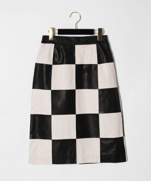 GRACE CONTINENTAL / グレースコンチネンタル ミニ・ひざ丈スカート | 市松レザースカート(ホワイト)