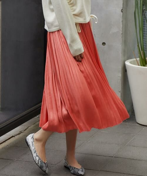 デザインのバリエーション豊富♪ショップ・WEBで大人気のスカートをPICK UP