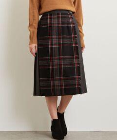 高品質のキルトスカートで有名なアイルランドの『O'NEIL OF DUBLIN(オニール・オブ・ダブリン)』より別注スカートが登場しました。<br><br>伝統的なキルトスカートをチェックと無地に切り替えたデザインに別注♪<br><br>両サイドのベルトやチェック柄がクラシカルでトラッドな印象です。<br>ウールベースの軽やかな穿き心地の素材はデイリースタイルに最適◎<br>スニーカーやブーツ、ソックススタイルに合わせやすい着丈にしました。<br><br>ウエストはバックゴム仕様なので穿き心地も楽々♪<br>また付属のシルバーキルトピンをプラスした着こなしも楽しめます。<br><br>シンプルなニットやシャツをタックインして着こなすのがおすすめです。<br><br>【ブラック】ブラックベースのチェック柄×チャコールグレーの無地<br>【グレー】グレーベースのチェック×ブラックの無地<br>【ネイビー】ネイビーベースのチェック×ネイビーの無地<br>となります。<br><br>◆O'NEIL OF DUBLIN(オニール・オブ・ダブリン)◆<br>1850年代からアイルランドの首都ダブリンでキルト製品を作り続けているファクトリーブランド。<br>アイルランドの民族衣装であるキルト製品は、歴史と伝統の深さを感じさせてくれます。<br><br><font color=purple>店舗へお問い合わせの際は、全国のgreen label relaxing 各店舗まで下記の品名/品番をお申し付け下さい。<br>品名:SC ONEIL QUILT SK 品番:3624-499-1648</font>