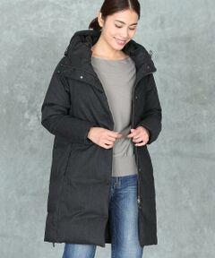 ウール調のポリエステル生地を素材感そのままに特殊加工で染め上げたダウンコート。中綿の分量はパーツ毎に計算し、すっきりと見えるバランスにこだわりました。ヒップがすっぽり隠れ、袖口にはシャーリングを入れることで風を防いでくれるため、真冬の防寒対策におすすめです。シンプルなデザインなのでどんなスタイルにもマッチし、これからの季節に活躍すること間違いなしの1枚です。<br/><br/>・裏地あり<br/>・ポケット付き<br/><br/>【サイズ09】着丈87cm<br/><br/>《Re:DOWN/リ・ダウン》<br/>羽毛布団、ダウン製品の回収を行い、中の綿を取り出し厳選した仕分けを行い、再度洗浄を丁寧に繰り返したエコダウンです。<br/>洗浄をしっかり行う事により従来のダウンと同等以上の膨らみ感を出しております。<br/>Re:DOWN(リ・ダウン)はアミアズ株式会社の登録商標です。<br/>