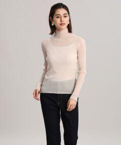 シアーな素材感がトレンドライクなリブ編みのタートルネックニット。綿にウールとナイロンを混紡させた糸を使用しているので、繊細な透け感の印象に加えぬくもりのある肌触りも魅力です。一枚で着て印象的に、レイヤード合わせでコーディネートしても使い回せる万能なアイテムです。<br/><br/>・水洗い可<br/><br/>■サンプル撮影商品■<br/>こちらの商品はサンプルでの撮影となっております。実際の商品とは、商品情報(生産国、色味、上代、納期など)が変更になる場合がございます。予めご了承ください。