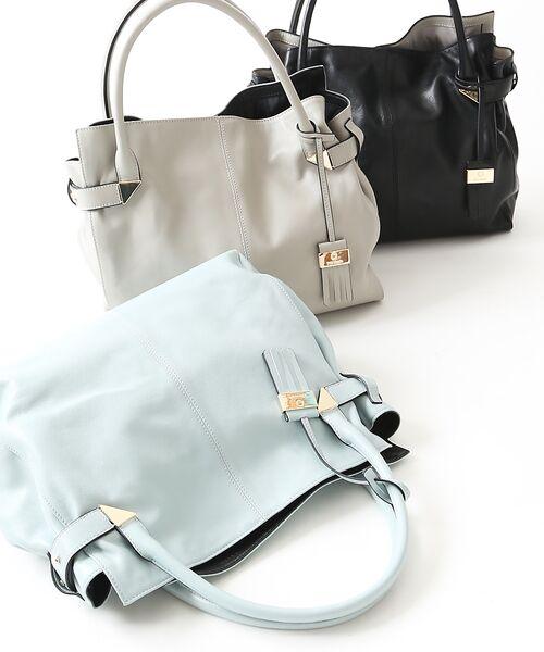 仕事で大活躍!キャリアウーマン必見のA4サイズ対応優秀バッグ!