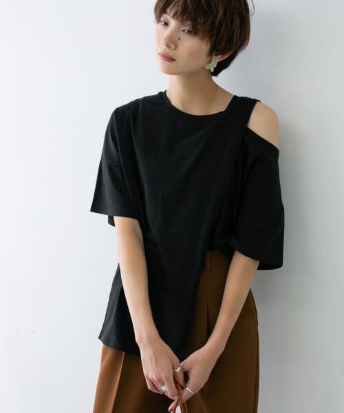 KBF / ケービーエフ Tシャツ | オープンショルダーアシンメトリーTシャツ(BLACK)