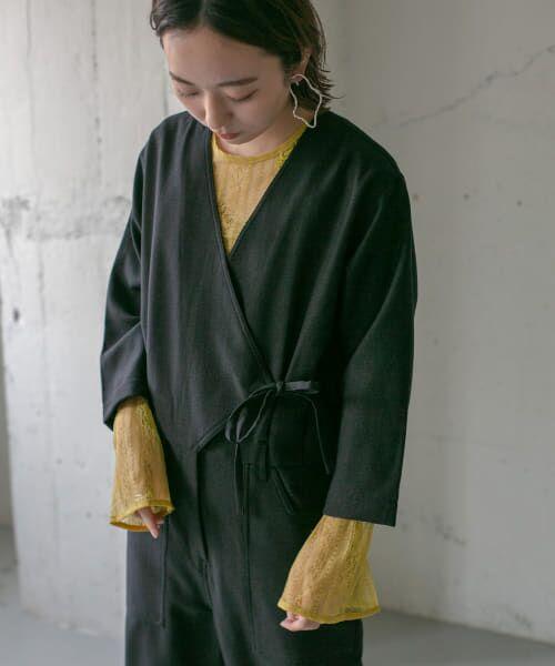 KBF / ケービーエフ シャツ・ブラウス   刺繍レースプルオーバー   詳細1