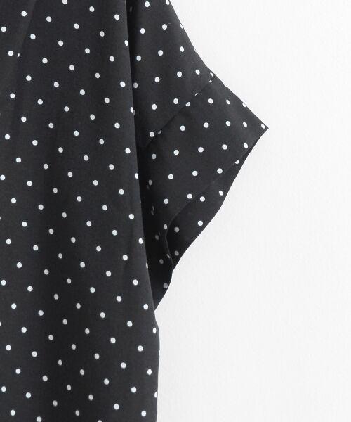 le.coeur blanc / ルクールブラン シャツ・ブラウス | ニュアンスVネックワイドスリーブシャツ | 詳細3