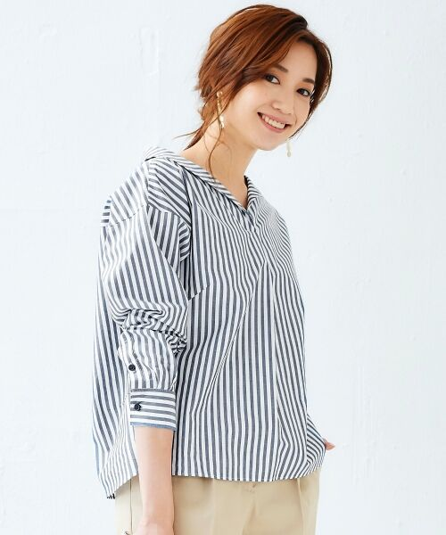 le.coeur blanc / ルクールブラン シャツ・ブラウス | 抜け衿ショールカラーシャツ(ネイビー柄)