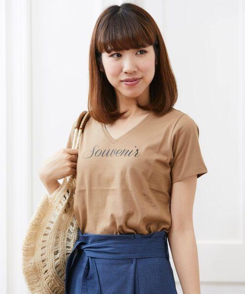 le.coeur blanc / ルクールブラン Tシャツ | VロゴプリントTシャツ(キャメル)
