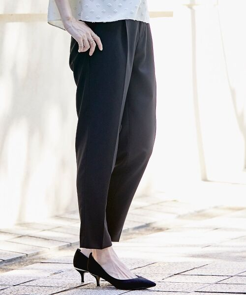 le.coeur blanc / ルクールブラン その他パンツ   ギャバストレッチタックテーパードパンツ   詳細14