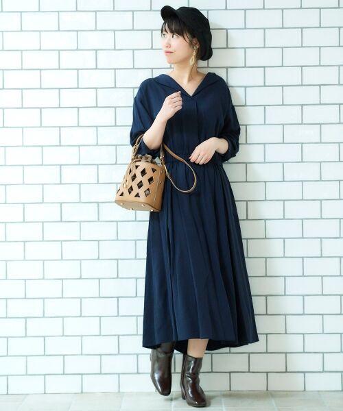 le.coeur blanc / ルクールブラン ロング・マキシ丈ワンピース | リヨセルオープンカラーワンピース(ネイビー)