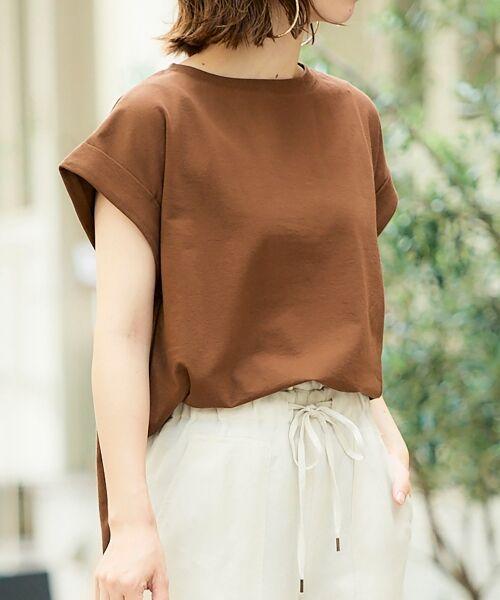 le.coeur blanc / ルクールブラン Tシャツ   サイドスリットロールアップスリーブTシャツ(ブラウン)