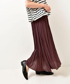 【1点投入で秋ムード】<br><br>毎シーズン定番のギャザースカート。<br>今シーズンはダークトーンでシックな雰囲気。<br>秋のはじまりにぴったりです。<br><br>さりげなく裾が不規則なデザインになっていて<br>シンプルな着こなしにニュアンスをプラスしてくれます。<br>歩いた時の揺れ感も魅力的です。<br><br>ウエストはゴムで楽な履き心地。<br>シワになりにくいのも嬉しいポイントです。<br><br>今年はトレンドのチェルシーブーツやロングブーツを合わせて<br>足元にボリュームを置くスタイリングもおすすめです◎<br><br>====================<br>透け感:若干あり(裾部分のみ)<br>裏地:あり<br>伸縮性:なし<br>光沢感:ややあり<br>生地の厚さ:薄手<br>====================<br>手洗い可 ドライクリーニング可 陰干し