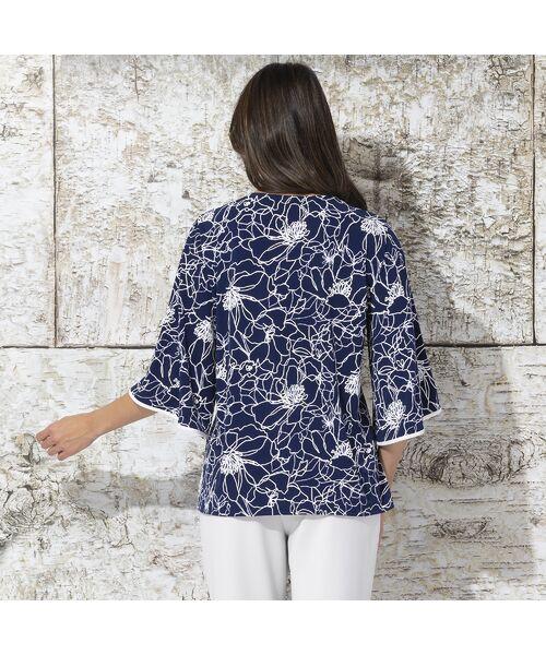 Liliane Burty / リリアンビューティ カットソー | イタリア製素材 発泡フラワー プリントTシャツ | 詳細3