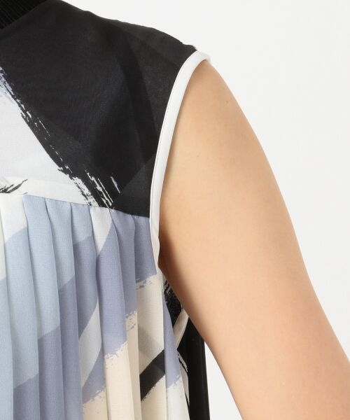 L size ONWARD(大きいサイズ) / エルサイズオンワード ミニ丈・ひざ丈ワンピース | Brushed Pleats ワンピース | 詳細7