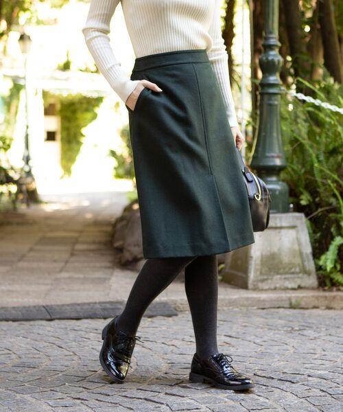ツイード素材のミディ丈台形スカート!深みのある色がこの素材ならではの魅力♪
