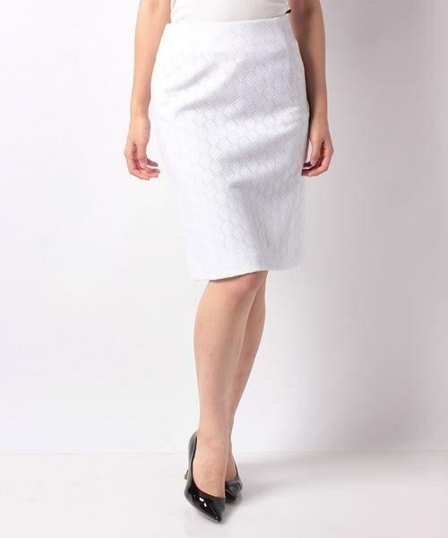 MADAM JOCONDE / マダムジョコンダ ミニ・ひざ丈スカート | 透かしジャガードジャージー スカート(ホワイト)