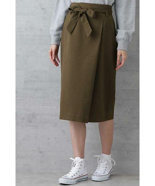 NATURAL BEAUTY BASIC / ナチュラルビューティーベーシック スカート | ベルテッドストレートスカート(カーキ)