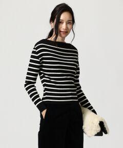 上質な素材感で大人上品さを演出してくれるボートネックプルオーバー。<br /><br />■デザイン<br />リブ編みで編み立てたボートネックのプルオーバー。スカートやワイドパンツとのスタイリングに合わせた短めのレングスとすっきりとした裾がポイントです。衿はスラッシュドネックのデザインで、肩は落としていますが、程よくフィットするコンパクトなサイズ感で女性らしいエレガントなスタイリング決まるアイテムです。ボーダー柄を選べば、カジュアルアイテムとも着合わせやすい一着です。<br />■素材<br />上質な光沢や膨らみ感、弾力性が魅力のオーストラリアの厳選された最高級羊毛のエクストラファインを原料とした素材。イタリアZEGNA BARUFFA社で開発された特殊加工によって生み出された世界を代表する梳毛糸です。肌を刺激しないやさしい風合いと抗ピル性の向上を実現しました。更にストレッチ糸をプレーティングしリブ地の凹凸感と形状キープの機能性を加えました。<br /><br />※画像はサンプルを使用している為、実際にお届けする商品と仕様やサイズが異なる場合がございます。