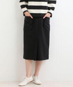 【ポンチスカートが履き心地良くリニューアル】<br><br>毎年ご好評いただいている伸縮性あるポンチ素材を<br>使用した履き心地の良いタイトスカート。<br><br>今年は裏地をストレッチの効いた素材に変更し<br>より着やすくリニューアルしました。<br><br>程よいタイトシルエットがボリューム感のある<br>トップスと相性がよく、ボトムに困ったときに<br>つい選んでしまう万能アイテム。<br><br>きれいめなトップスと合わせればオフィスシーン<br>にも馴染むので、デイリーに活用していただけます。<br><br>定番人気のブラックと、カラーアイテムに馴染む<br>グレー、ぜひボーダーと合わせてフレンチスタイルで<br>着ていただきたいレッドの3色展開です。<br>洗い不可 ドライクリーニング可<br>*摩擦や水濡れによる色落ち・色移りにご注意下さい。