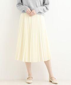 【ストンとしたシルエットのプリーツスカート】<br><br>ランダムなアコーディオンプリーツが自然な<br>揺れ感を作る女性らしいプリーツスカート。<br><br>ストンとしたシルエットですっきり見えが<br>叶います。<br><br>ウエストは総ゴムなのでフィット感があり、<br>楽ちんな着心地。<br>腰回りはすっきりしているのでトップスの<br>インアウト、どちらのスタイルにも相性抜群です。<br><br>柔らかな落ち感と程よい厚みを兼ね備えた<br>生地で仕立てたので、ペールトーンでも<br>透け感がなく、安心して着られます。<br>洗い不可 ドライクリーニング可<br>*摩擦や水濡れによる色落ち・色移りにご注意下さい。<br>*プリーツ加工は永久的なものではありませんので、お取扱いにご注意下さい。