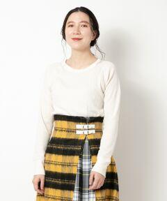 【柔らかく着心地のよいベーシックインナー】<br><br>女性のインナーに特化した「ヘインズ アンディーズ」<br>から新しくサーマル素材のクルーネックロングTシャツ<br>が登場。<br><br>コットン混素材で柔らかく、脇と袖をフラットシーマに<br>することでより肌あたりを少なくし気心地の快適さを<br>追求した1枚です。<br><br>シャツやニットのインナーに使いやすく、<br>デイリーユースにおすすめのアイテムです。<br><br>*商品の現物サイズはM-Lです。<br>洗い可 ドライクリーニング不可 陰干し<br>*濃色の物は摩擦や水濡れによる色移りにご注意下さい。