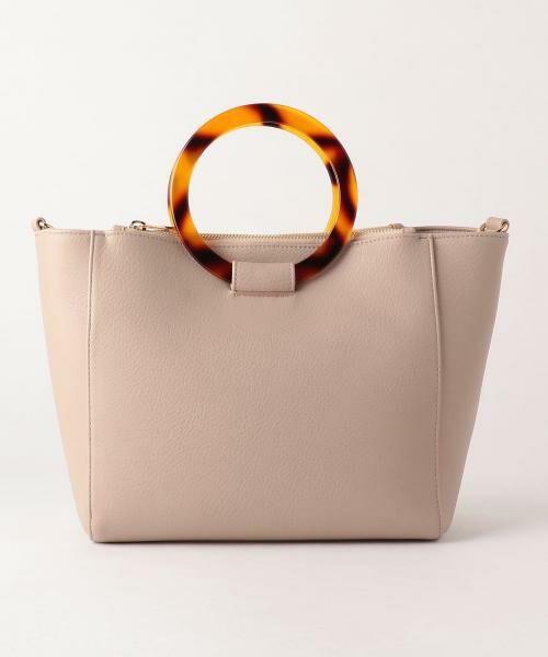 リングハンドルのバッグなど、新作バッグが続々入荷中!