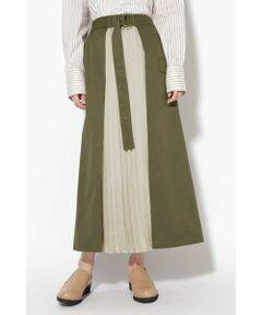 動きのあるプリーツデザインが春らしい<br/>・カジュアルなスカートに動きのあるプリーツデザインを組み合わせたデザイン<br/>・調節可能なウエストベルト<br/>・ウエストゴム仕様<br/><br/><br/>【スタッフレビュー】<br/>パーツに女性らしいプリーツを取り入れたワークテイストなスカート。ウエストはゴムで共布ベルトが付いているので、ウエストにフィット感を出してくれます。ブラウスやカットソーをインしたスタイリングも◎。ブーツで女性らしさをプラスしても、スニーカーでカジュアルに決めても可愛い万能アイテムです。
