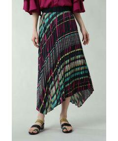 新鮮味のあるデザインでオールシーズン使えるスカート<br/>・ROSE BUDにしかないオリジナルプリントを使用<br/>・イレギュラーヘムデザイン<br/>・ウエストゴム仕様<br/><br/><br/>【スタッフレビュー】<br/>ROSE BUDらしい個性的なプリントデザインが目を引くプリーツスカート。裾がイレギュラーヘムになった動きのある1枚です。ウエストはゴムになっているので着脱しやすく◎。インパクトのあるアイテムなのでトップスはシンプルなカットソー合わせがおススメです。