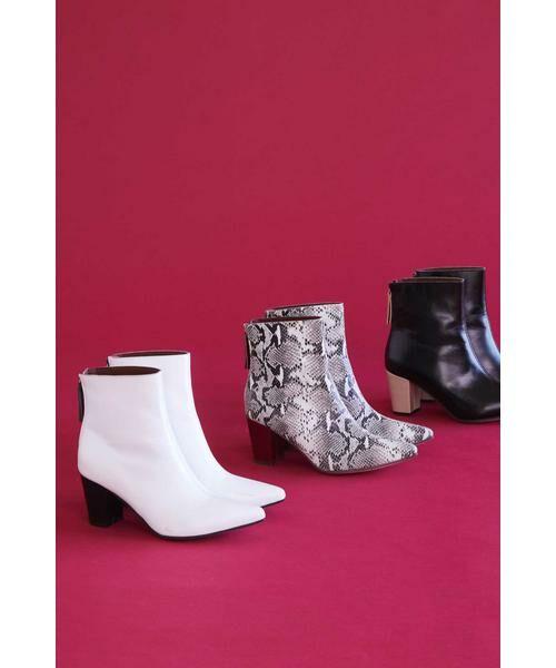 ROSE BUD / ローズ バッド ブーツ(ショート丈) | Pointed Bi Color Boots(ホワイト)