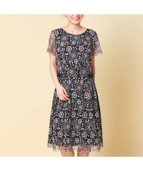 Rose Tiara / ローズティアラ ミニ丈・ひざ丈ワンピース   フラワーチュール刺繍ワンピース(ブラック)