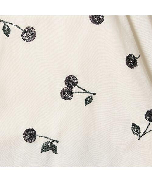Rose Tiara / ローズティアラ シャツ・ブラウス | パワーショルダーチェリー刺繍ブラウス | 詳細10
