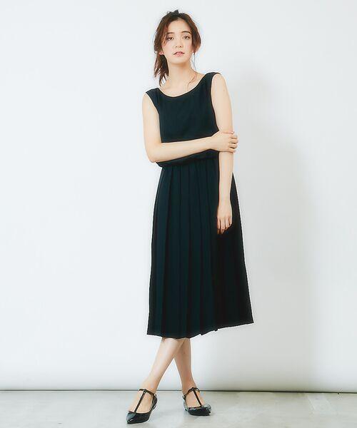 ノースリーブプリーツ切替ドレス