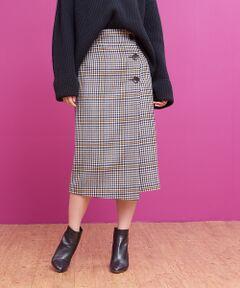 ベージュ×ブラウンをベースに、イエローをポイントにしたカラーチェックが新鮮なタイトスカート。<br>暗くなりがちな冬のスタイリングに華やかさをプラスしてくれます。<br>大きめのボタンをポイントにしたラップ風のデザインもポイント。<br>ゆるめのニットを合わせたスタイリングがおすすめです。<br>model:H166・B80・W59・H86 着用サイズ:36<BR>