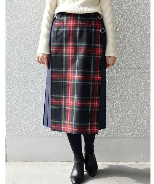 【ONEIL OF DUBLIN】定番のキルトスカートがチェックと無地のコンビになって登場♪