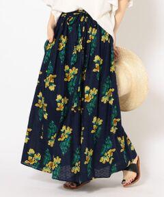 <font color=#b0c4de>《夏に映えるオリジナルテキスタイルスカート》</font><br><br>薄手の綿地に刺繍のように立体感のある柄が施されたドビー生地を使用。<br>柄は、夏らしさをイメージしたオリジナルテキスタイルになっています。<br>夏空に映える一着です。<br><br><br>※この製品はインド製生地を使用しております。素材の特性上、多少の色違い、織りムラ・スラブなどがございますが、予めご了承下さい。<br>※末永く愛用頂く為に、アテンションタグを必ずご確認の上、着用又はお取り扱い下さい。<br><br><font color=RED>※画像の商品はサンプルです。 </b></font><br>実際の商品と仕様、加工、サイズが若干異なる場合がございます。<br><br><br>※屋外での撮影画像は、光の当たり具合で色味が異なって見える場合があります。商品の色味は、スタジオでの詳細画像をご参照ください。