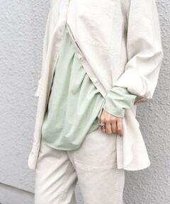 """春のレイヤードスタイルにかかせないロングスリーブTEE。<br><br>ベースボールTEEデザインで胸元の切り替えがポイント。<br>程よい透け感とやわらかな着心地で重ね着にぴったりの一枚です。<br><br>インド産の超長綿とユーカリの木を原料とした天然素材セルロースを混紡し、しっとりとした風合と肌ざわりの柔らかさが特徴。<br>またハイゲージで編むことにより絶妙なシャリ感も加わり、程よい透け感ときれいな目面に仕上がっております。<br><br>ご自宅で手洗い可能なイージーケアです◎<br><br>-------------------------------------<br>生地の厚み:薄手<br>伸縮性:有<br>透け感:有<br>光沢感:無<br>水洗い:可<br>-------------------------------------<br>【スタッフ着用コメント】<br>《スタッフ1》<br>身長:156cm/体型:細身/普段サイズ:36/着用サイズ:ONE SIZE<br>サイズ感:ヒップにかかる程度の丈感で程よくゆとりがありました。袖丈は長めで甲にかかる程度。レイヤードした時にちらっと見せるとおしゃれです◎<br>コメント:柔らかく着心地がとても良かったです。胸元の切り替えがポイントになるのでVネックのアイテムやシャツとのレイヤードスタイルがおすすめ◎<br>------------------------------------- <br><br><br>※末永く愛用頂く為に、アテンションタグを必ずご確認の上、着用又はお取り扱い下さい。<br>※屋外での撮影画像は、光の当たり具合で色味が異なって見える場合があります。商品の色味は、スタジオでの詳細画像をご参照ください。<br><br><font color=""""RED"""">※画像の商品はサンプルです。 </font><br>実際の商品と仕様、加工、サイズが若干異なる場合がございます。</p><br>"""