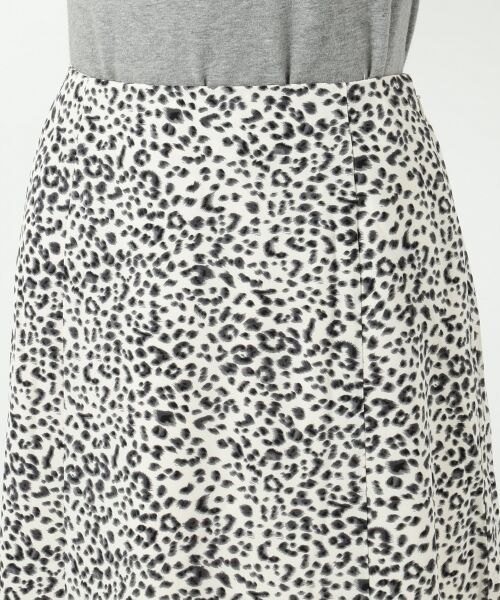 S size ONWARD(小さいサイズ) / エスサイズオンワード ミニ・ひざ丈スカート | 【L'aube】レオパードマーメイド スカート | 詳細11