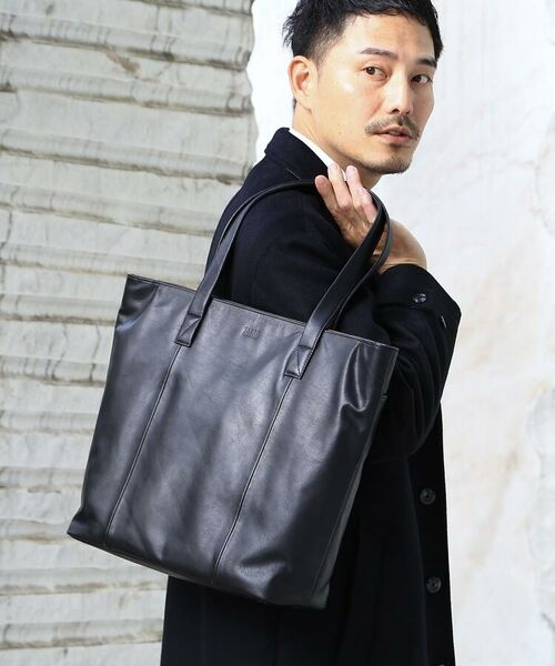*大人の黒*シンプルでそれでいて上品さを兼ね備えた、これまでになかった「ブラックカラー」のみにこだわったバッグシリーズ
