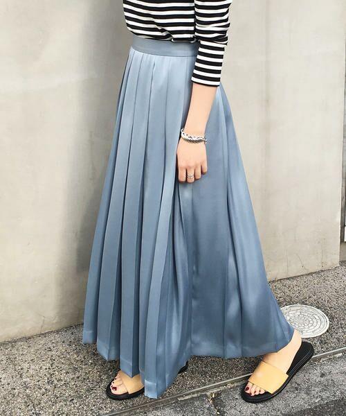 注目カラーのライトブルー、ピンクを取り入れた春トレンドのスタイリングに。新作スカートのご紹介です!