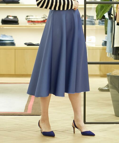 スタイリングを軽やかに演出!春の新作スカート特集!