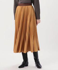 裾にかけて消えるようなアコーディオンプリーツが軽やかな雰囲気のスカート。<br>光沢加工を施したタイプライター素材を使用しており、さりげない艶がスタイリングをトーンアップしてくれます。<br>ウエスト部分を別地で配色にすることでフェミニンになり過ぎず、〈MACPHEE〉らしい抜け感のある印象に。<br>広がり過ぎないシルエットなのでパーカやローゲージニットなどボリュームのあるトップスともバランス良く合わせていただけます。<br>今季はロングブーツとのスタイリングもおすすめ。<br><br>※※ホワイトのみペチコート付きです。<br><br>スタッフ身長:155cm<br><br>2020AW商品<br><br><b>店舗にお問い合わせの際は、下記の商品番号をお申し付けください。<br>商品番号:12-05-04-05201</b><br><br>※※プリーツ加工について※※<br>プリーツ加工は永久的なものではなく、着用やクリーニングの繰り返しで次第に折り目はあまくなっていきます。<br>より長く美しい形を保つため、お取扱い上の注意をよくご確認の上、ご使用をお願いします。<br>