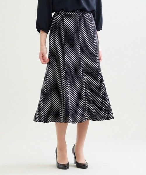 TRANS WORK / トランスワーク ロング・マキシ丈スカート | 【ウォッシャブル】シフトドットプリント裾フレアースカート(ネイビー3)