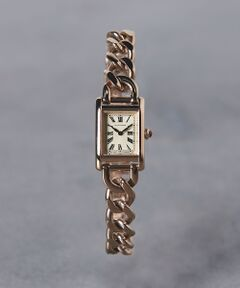 チェーンタイプのベルトが女性らしさを演出する腕時計。<br>ブレスレットのようにアクセサリー感覚で取り入れられます。<br>飽きのこないシンプルなデザインはギフトにもおすすめです。<br><br>※ご自身でサイズ調整が可能になります。<br> 留め具部分に取り外し可能な同じ形状の金具が4つ付いており、<br> 1コマ1.5cm程度、最大で4.5cm程度短くすることが可能です。<br><br>※商品お届けの際の納品書は、お買上日を証明する書類として保証書と共に大切に保管して下さい。(修理などの際に必要となります。) <br><br><font color=purple>店舗へお問い合わせの際は、全国のUNITED ARROWS各店舗まで下記の品名/品番をお申し付け下さい。<br>品名:UBCB SQ METAL CHAIN 品番:17436990831</font><br><br>※画像の商品はサンプルです。<br>実際の商品と色味、仕様、加工、サイズ、素材等が若干異なる場合がございます。