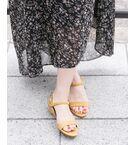 """<!--ここから↓WEB限定コメント--><strong style=""""font-weight:bold;"""">PINKはWEB限定カラーです。</strong><br><br><!--ここから↑WEB限定コメント-->日本女性の脚の木型に合わせてお作りし、なめらかな履き心地と靴ずれを起こさない型に定評のあるMILLIWMから新作がリリース!<br>華奢なストラップ仕様が女性らしく足元を演出。今季トレンドのプレイフルなカラーもご用意し、足元を今年らしく彩ります!<br>ローヒールで軽く、長時間の着用でもとにかくラクチンな1足。デイリーユースはもちろん、ご旅行や特別なシーンでもストレスなくお履きいただけます。あらゆるシーンで気分を上げてくれる今季注目の1足です。<br><br><strong style=""""font-weight:bold;"""">【MILLIWM(ミリウム)】</strong><br><br>スニーカーを履きなれた女性のためのシューズブランド。<br>履き心地の良さや、機能性を取り入れ、きれいな木型を使ったパンプスやフラットシューズを提案。<br><br>※表記サイズは目安です。生産国やデザインによってサイズが異なりますので、採寸表の実寸サイズをご参照ください。"""