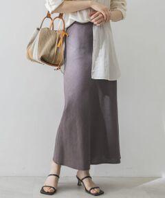 """<strong style=""""font-weight:bold;"""">【夏場でも快適な軽い素材の美シルエットスカート】</strong><br>程良いドレープ感とリネンレーヨン素材で、柔らかくナチュラルな印象に仕上がるスカート。ウエスト裏側にゴムが入っていて、見た目の美しさと快適な履き心地が両方叶うのも嬉しい。<br><br><strong style=""""font-weight:bold;"""">POINT</strong><br>・リネン混でこれからの時期に活躍<br>・ウエスト内側のゴムで快適な履き心地<br>・ご自宅で手洗いが可能<br><br><strong style=""""font-weight:bold;"""">COORDINATE</strong><br>コンパクトなサイズ感のトップスをインして女性らしく。オーバーサイズなトップスでカジュアルダウンして着ても可愛い◎<br><br>※この商品は、素材の特性上、激しい動きで強い力がかかったり、他のものに引っ掛かったりすると、滑脱(縫い目が滑って開いたり、縫いしろが抜ける)したり、目寄れ(織り糸が滑って片寄り、織り目が開く)が生じる場合があります。ご使用の際には十分ご注意ください。<br><br>※商品画像は、光の当たり具合やパソコンなどの閲覧環境により、実際の色味と異なって見える場合がございます。予めご了承ください。<br>※商品の色味の目安は、商品単体の画像をご参照ください。<br><br>-----------------------------<br>透け感:なし<br>伸縮性:ややあり<br>裏地:あり<br>光沢:なし<br>ポケット:なし<br>-----------------------------"""